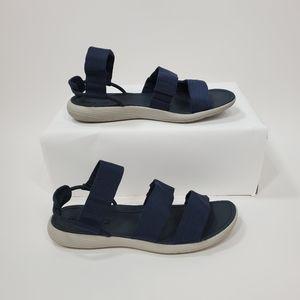 🆕️ Merrell Duskair Calais sandal